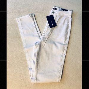 NWT✨White FASHION NOVA super high, skinny jeans